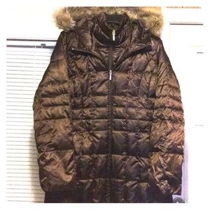 LAND'S END FAUX FUR HOODED DOWN PUFFER COAT Size M